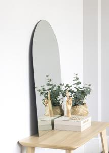KAILA Peili Cut Oval 70x100 cm
