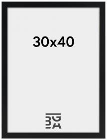 Amanda Box Musta 30x40 cm