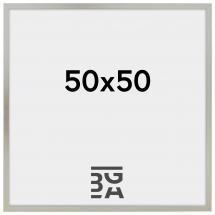 Edsbyn Hopeanvärinen 50x50 cm