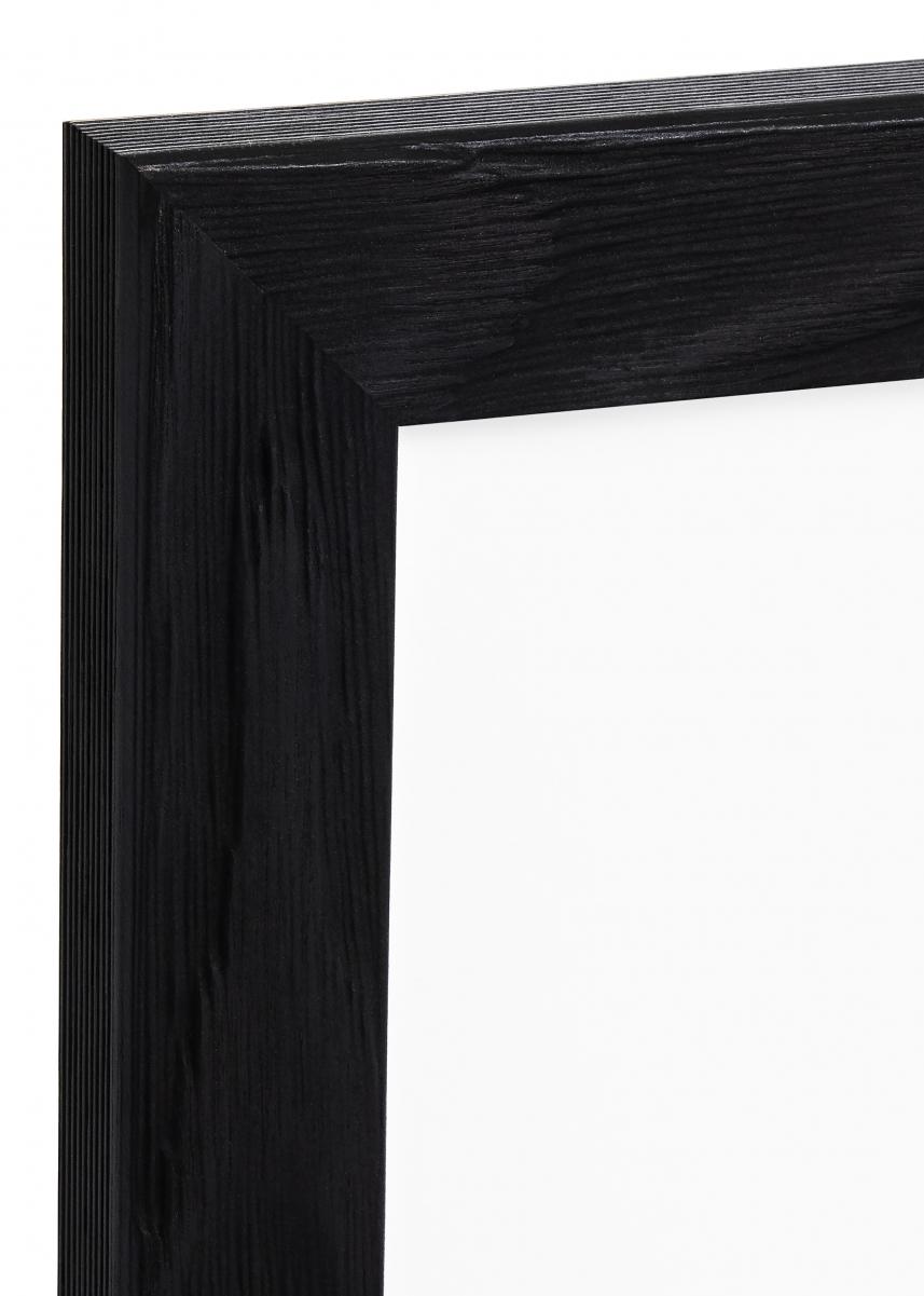 Segenäs Musta 50x70 cm